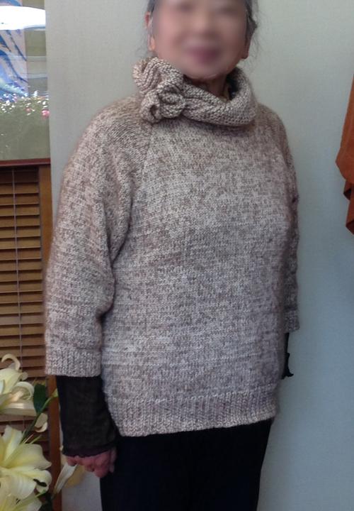 60歳代後半の女性の着こなし方