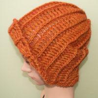 かぎ針編みオレンジニット帽