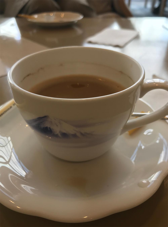 富士山模様のカップ