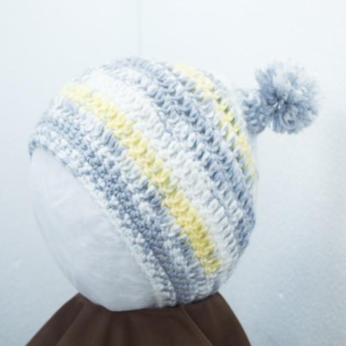 かわいいベビーちゃんのニット帽